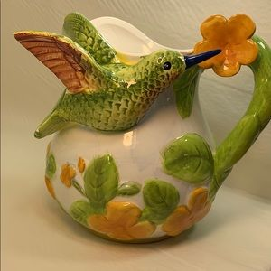 Majolica Bird Collection Hummingbird Pitcher